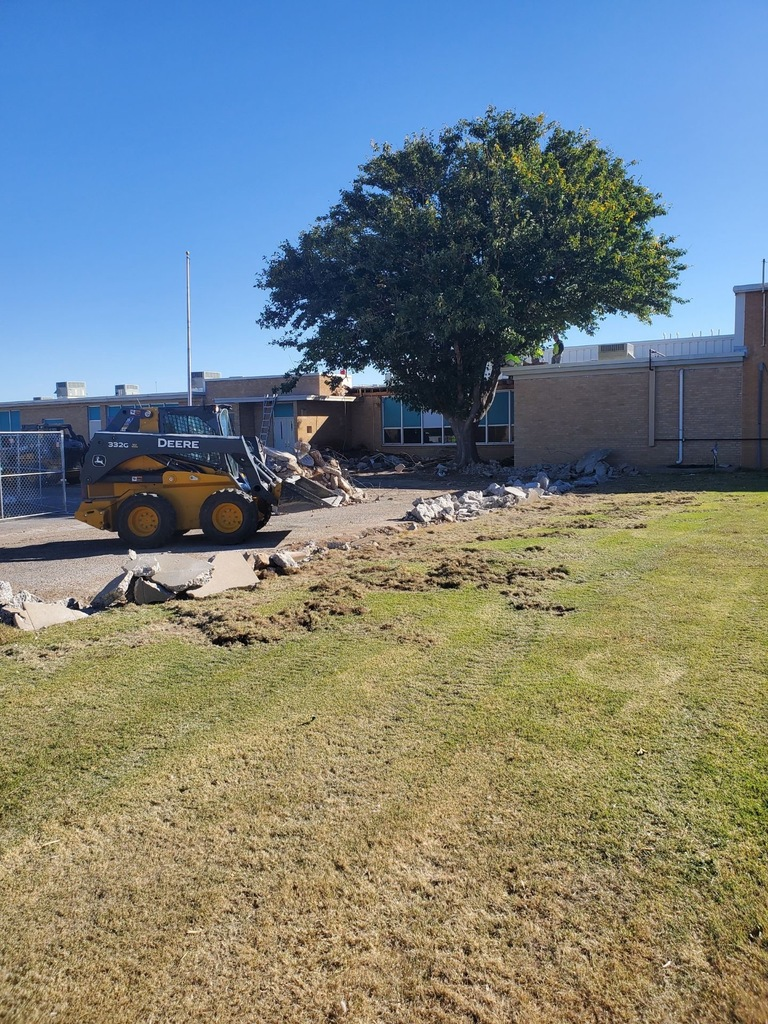 Construction on the elementary campus