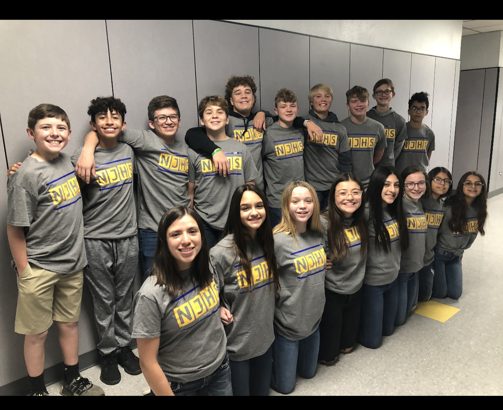 NJHS students delivered can food drive donations