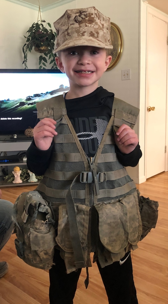 Students dressed as soldier for career day